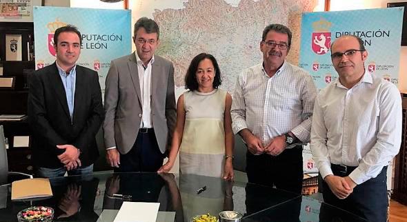 La Diputación de León financia con 17.000 euros un estudio de la ULE sobre el taladro de la vid