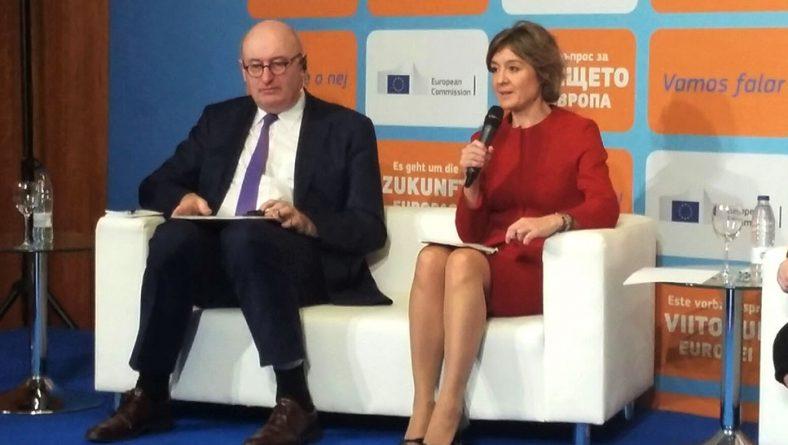 """García Tejerina destaca que la incorporación de jóvenes y mujeres es el """"paso fundamental"""" para acelerar la modernización de nuestra agricultura"""