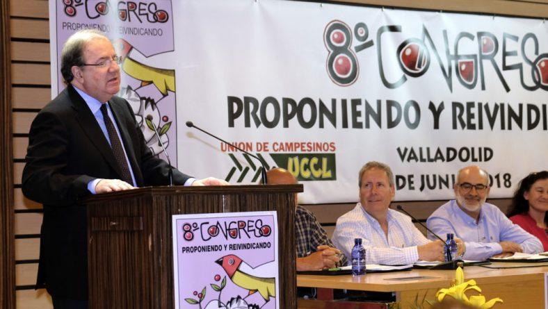 Herrera defiende que una adecuada PAC y un sistema que garantice precios dignos atraerán a los jóvenes