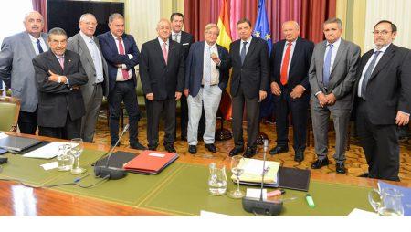 """Luis Planas aboga por una """"planificación estratégica"""" del regadío"""