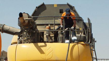Agricultura garantiza que el impuesto al diésel no afectará al gasóleo agrícola