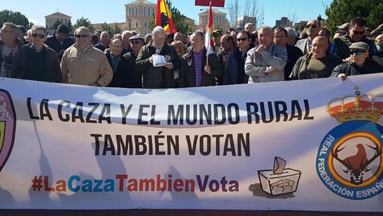 """Asaja se suma a la protesta contra el """"irracional bloqueo"""" a la caza en Castilla y León"""