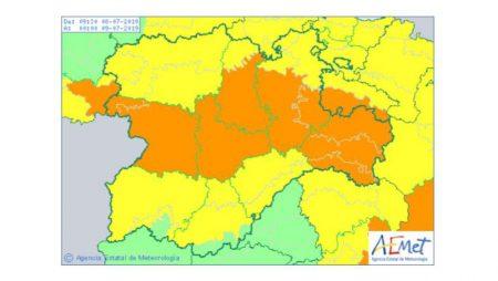 Hoy, alerta naranja por fuertes tormentas y granizo en cinco provincias de Castilla y León