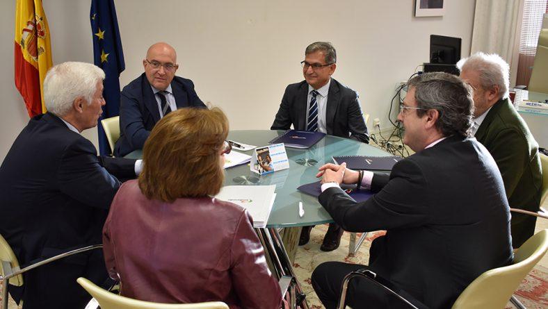 La Junta incrementa la ayuda al seguro agrario para convertir la comunidad en un referente nacional