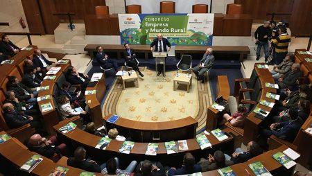 """El congreso Empresa y Mundo Rural se conjura para ofrecer """"todo el respaldo"""" a la mujer emprendedora"""